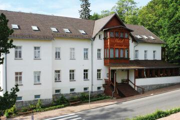 HOTEL ŚWIERADOW Bad Flinsberg