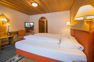 HOTEL CRESTA (GARNI) Samnaun-Compatsch