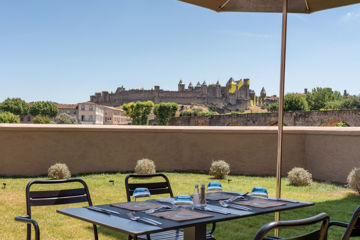 HOTEL LES CHEVALIERS Carcassonne