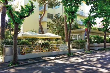 HOTEL SYLVIA Lido di Camaiore