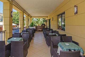 HOTEL VILLA OMBROSA Marina di Pietrasanta (LU)